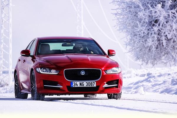 Jaguar XE Test_Otomobiltutkunu_Jaguar_XE
