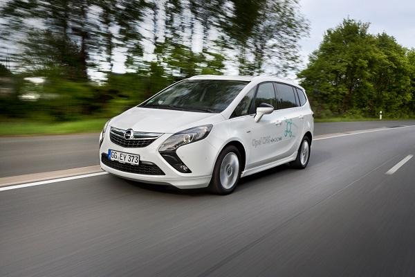 Opel_Zafira_Otomobiltutkunu