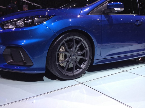 Pilotsportcup2_ Ford Focus RS_Michelin
