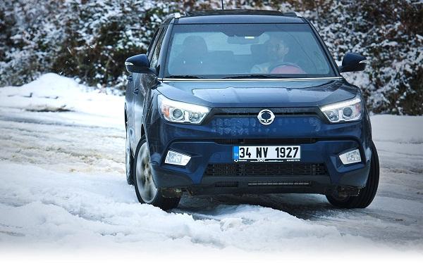 Ssangyong_Tivoli Test_Otomobiltutkunu_Snow_ice_Car_test_SUV_Crossover