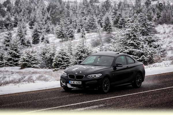 BMW 218i Coupe Test Snow Test_ M Coupe