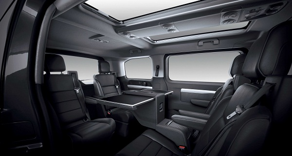peugeot_travel_Peugeot Traveller Business VIP