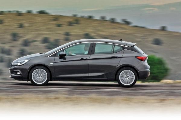 Yeni Astra HB Dynamic dizel otomatik otomobiltutkunu