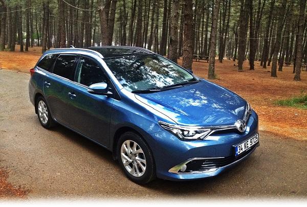 Auris Touring Sports Premium Multidrive S