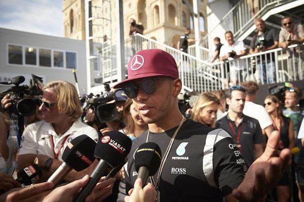 European-Grand-Prix_Lewis-Hamilton_Otomobiltutkunu