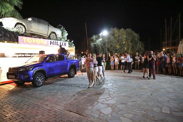 Toyota Hilux Türkiye Turu Otomobiltutkunu