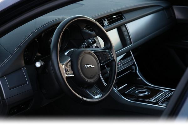 jaguar-xf-test-otomobiltutkunu_borusanotomotiv