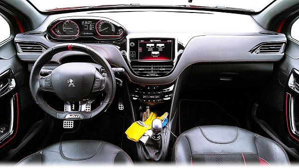 208GTi_Peugeot208GTi_PeugeotTurkiye_PeugeotSport_GTi_Otomobiltutkunu