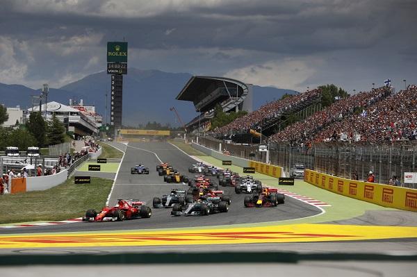İspanya Mercedes AMG F1_Lewis Hamilton_FormulaOne