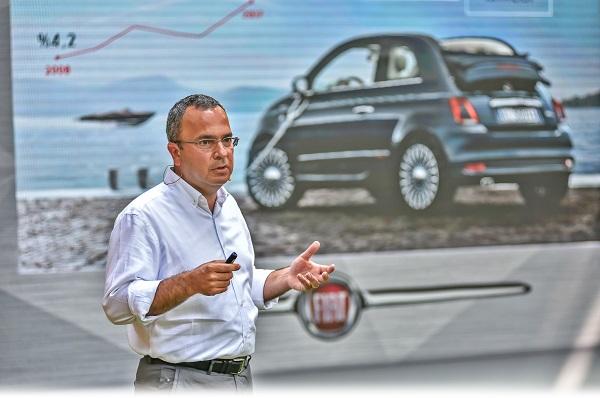 Fiat 500L_Fiat is birim direktoru Altan Aytac_Otomobiltutkunu
