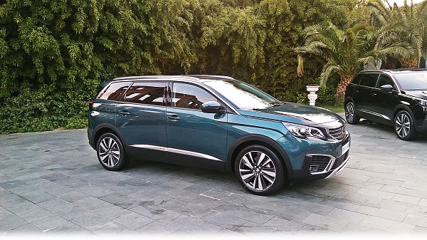 Yeni SUV Peugeot 5008_Esma Sultan_Otomobiltutkunu