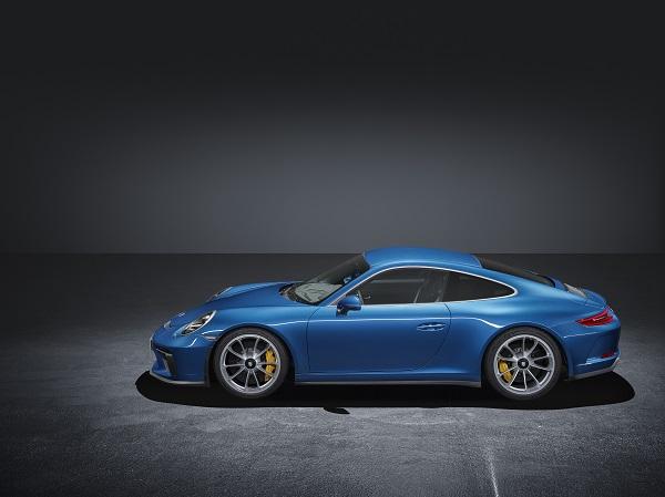 Yeni_Porsche_Touring