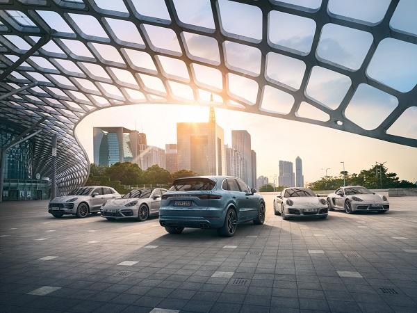 Porsche_Modeller