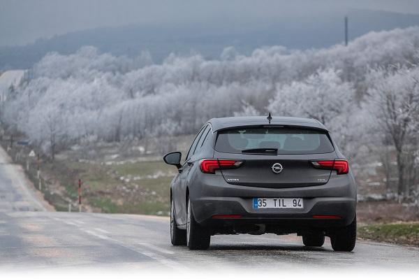 Opel-Astra-Dynamic