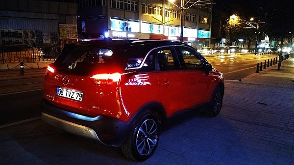 Opel Crossland X 2017_SUV