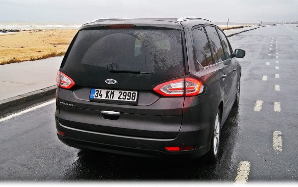 Ford Galaxy Test