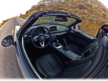 Mazda MX-5 RF Retractable Fastback