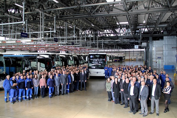 Mercedes-Benz Türk 85.000'inci otobüsü üretti