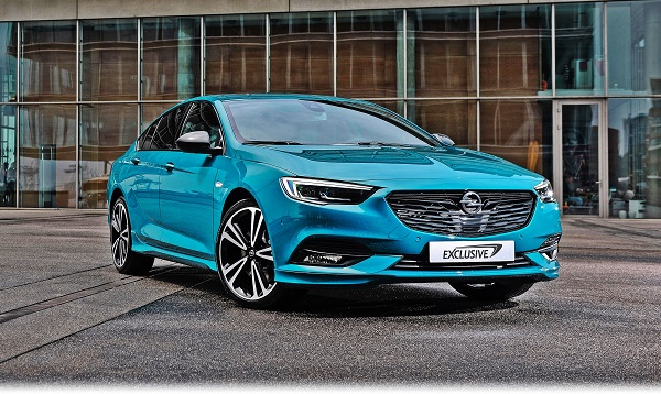Opel-Insignia-Ultimate-Exclusive_Otomobiltutkunu