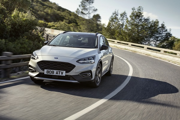 FORD_2018_FOCUS_ACTIVE